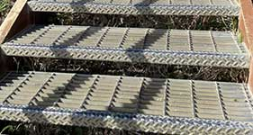 bar grating stair tread fabrication
