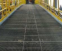 heavy duty bar grating on bridge