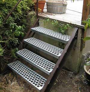 Perf-o-Grip-Stair-Treads