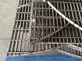 Bar-Grating-Heavy-Duty-Vessel-Internal
