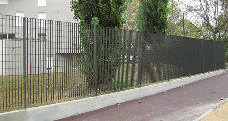 sterope3-Grating-Panels-fence