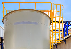 FRP-Ladder-Systems-tank