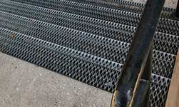 Customized Safety Gratings
