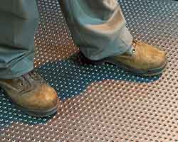 importance-of-industrial-safety-grating