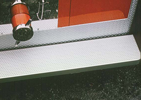 traction-tread-safety-grating1