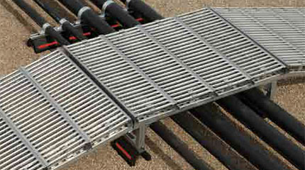Pipe-bridges-grate-lock-safety-grating