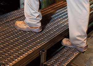 Heavy Duty 2 Diamond Stair Tread Construction