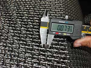 woven wire mesh fabrication tool