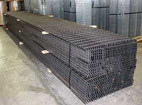 Welded-grating-in-stock
