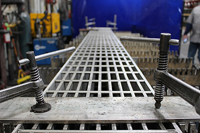 Metal-Grating-Fabrication-bar-grating, fabricated grating